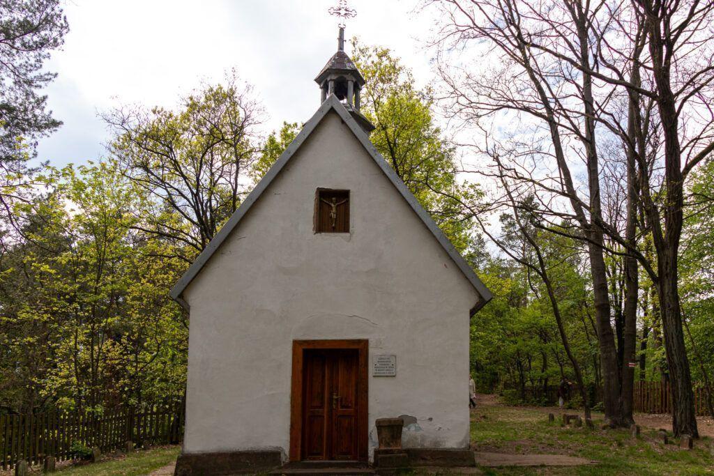 Kapliczka na górze