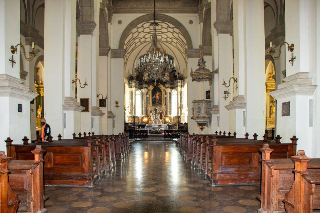 Jeden dzień w Zamościu. Wnętrze katedry