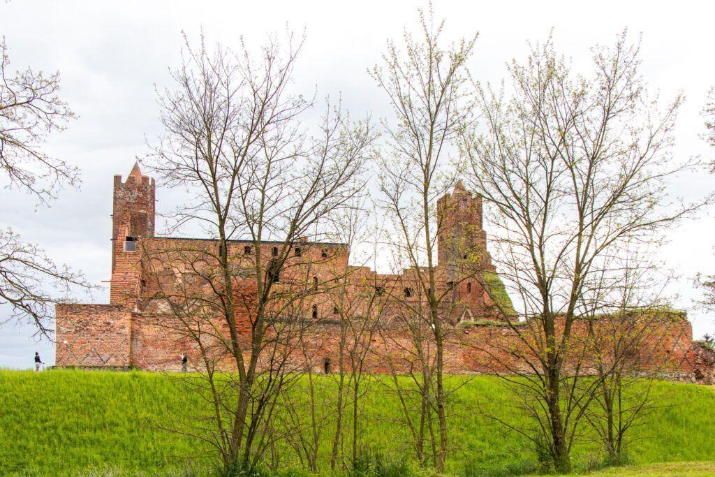 Ruiny zamku krzyżackiego w Radzyniu Chełmińskim