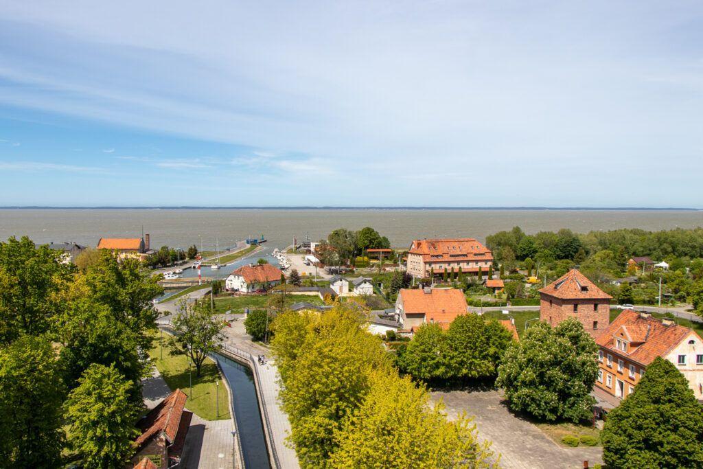 Widok z Wieży Wodnej na port