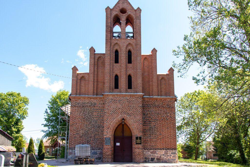 Kościół w Świętym Gaju