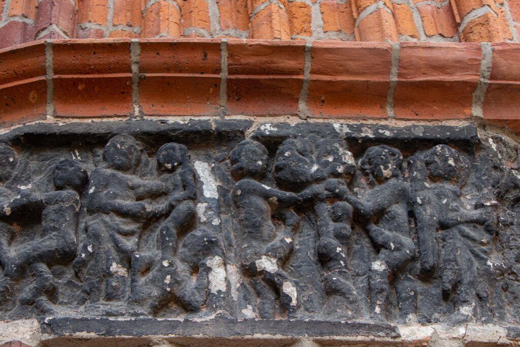 XIII-wieczny fryz