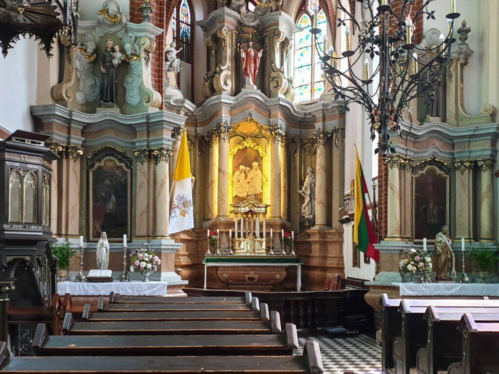 Wnętrze kościoła św.Anny