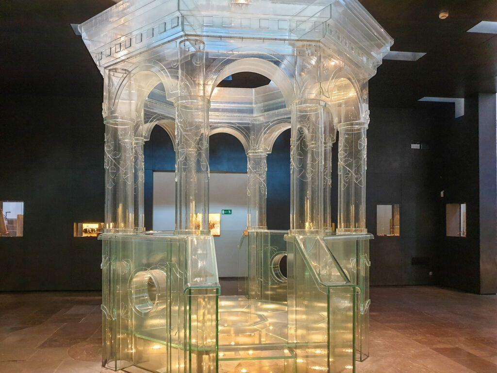 Chmielnik Wnętrze synagogi