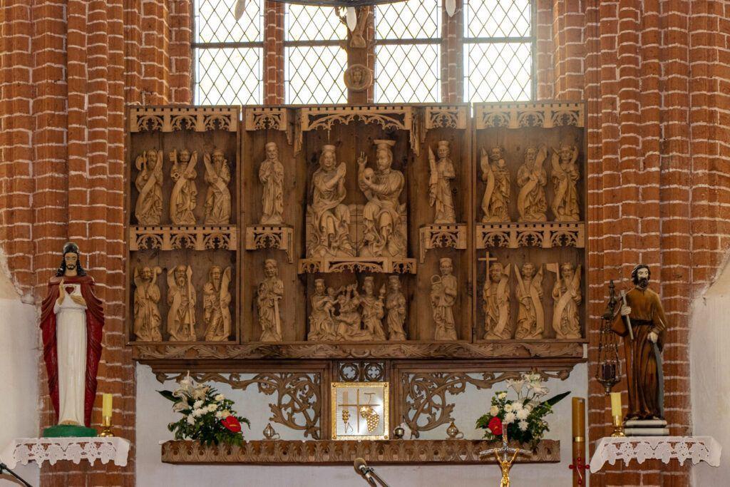 Kołbacz. wnętrze kościoła