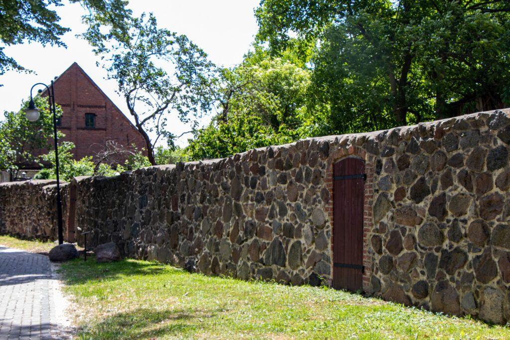 Trzcińsko-Zdrój, mur obronny