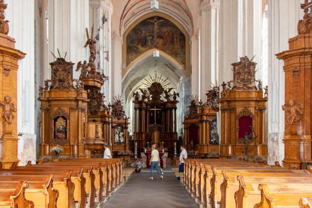 Wnętrze kościoła bernardynów