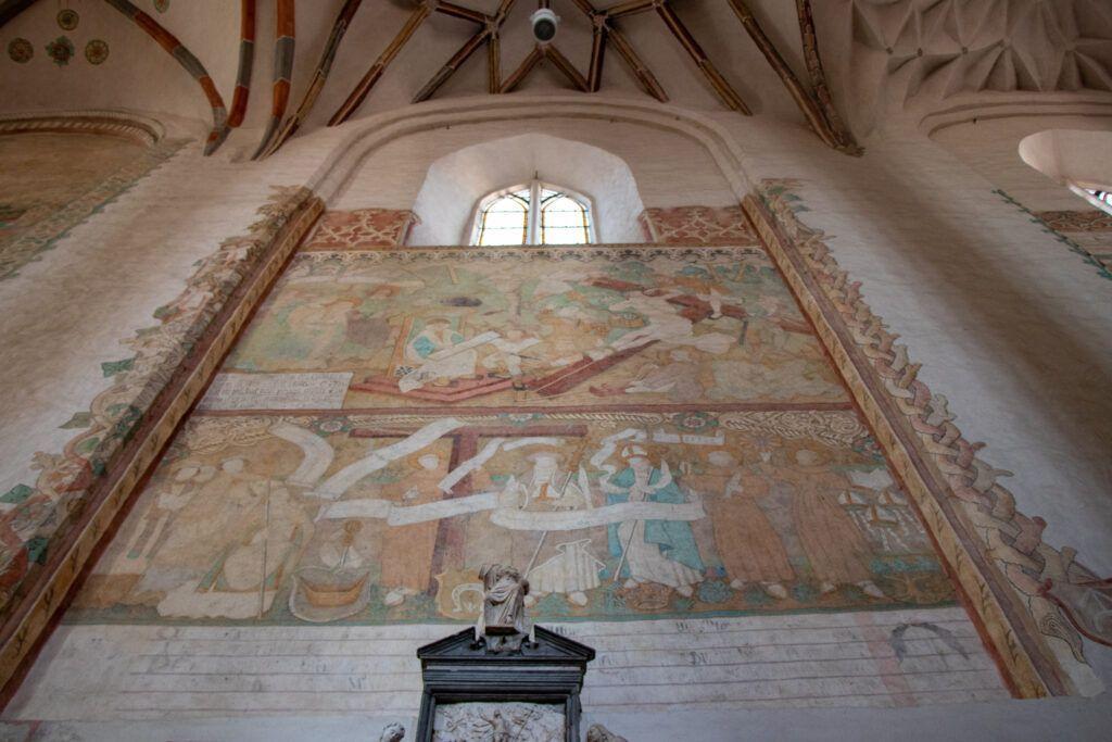 Wileńskie kościoły. Freski w kościele bernardynów