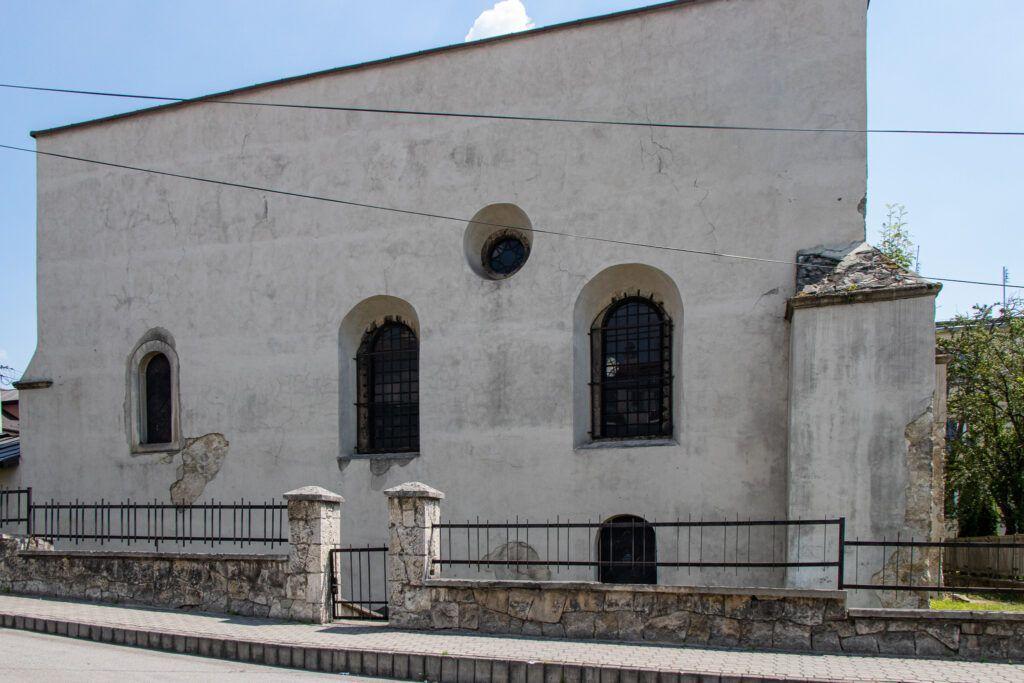 Synagoga z zewnątrz