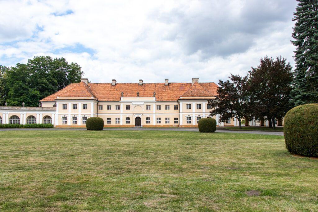 Pawłowice. Oficyna pałacowa