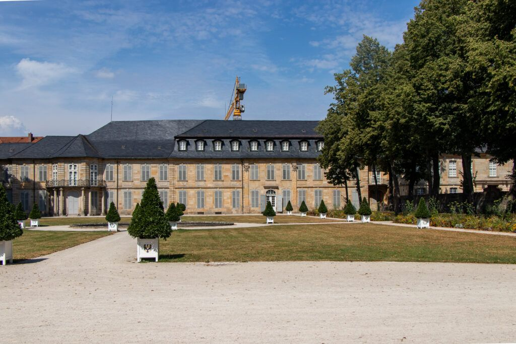 Bayreuth. Pałac od strony parku
