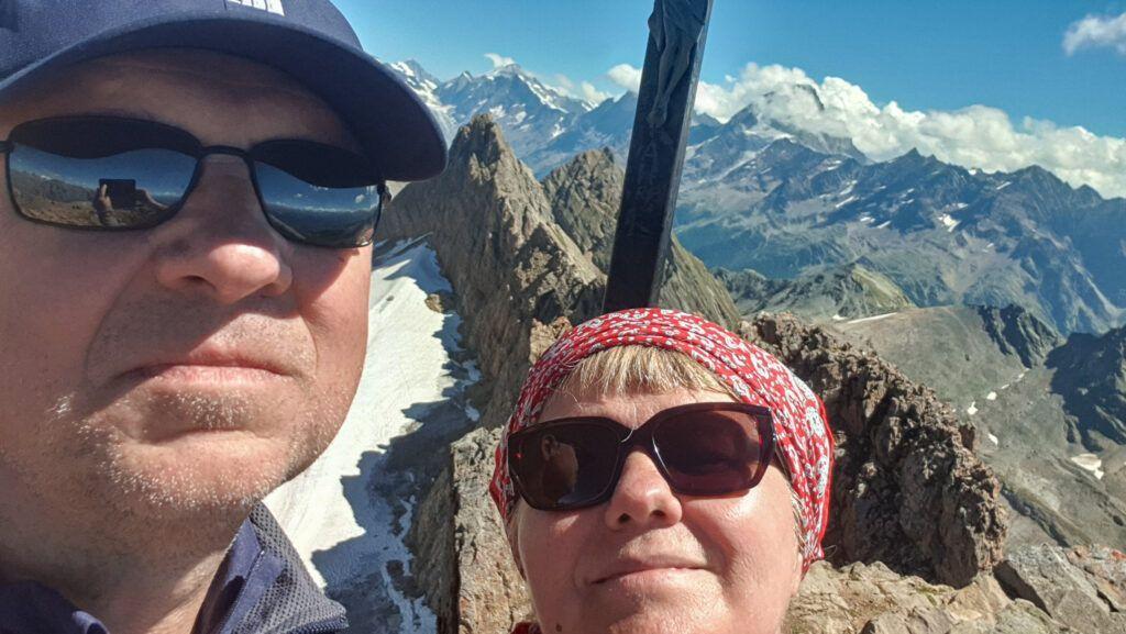 nasze zdjęcie na szczycie przy krzyżu