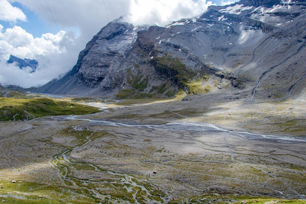 Widok z góry na dolinę