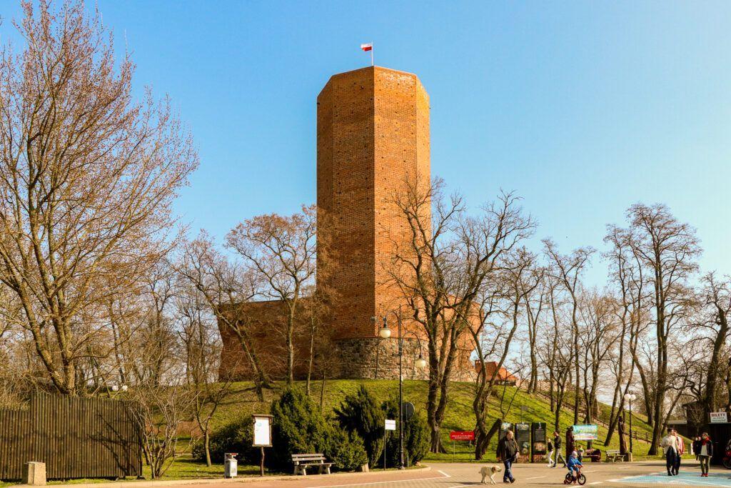 Weekend w okolicy Biskupina. Wieża w Kruszwicy