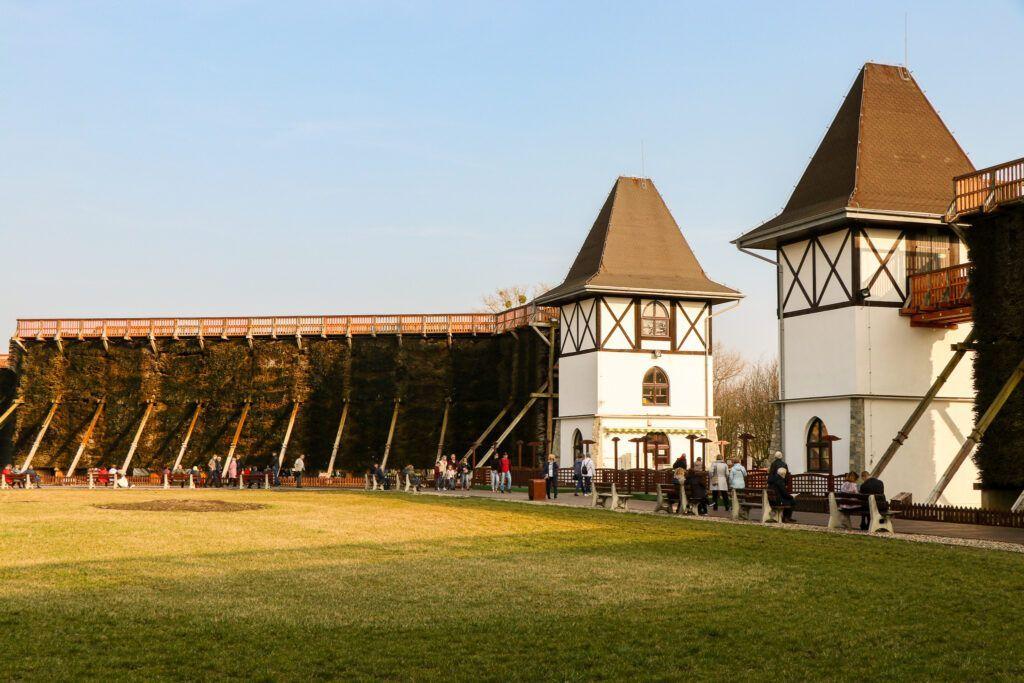 Weekend w okolicy Biskupina. Tężnie w Inowrocławiu