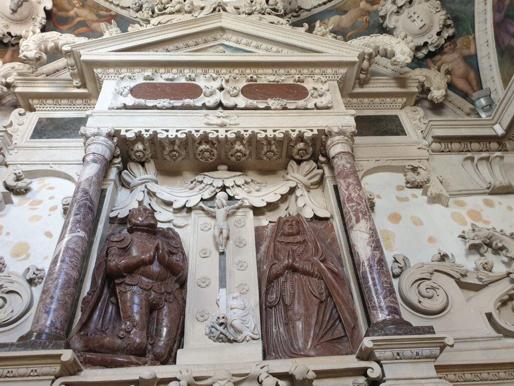 Nagrobek Firlejów w kościele w Bejscach