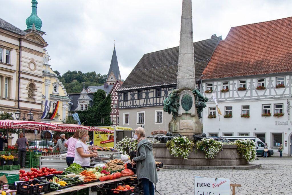 Kulmbach. Rynek i sobotni targ