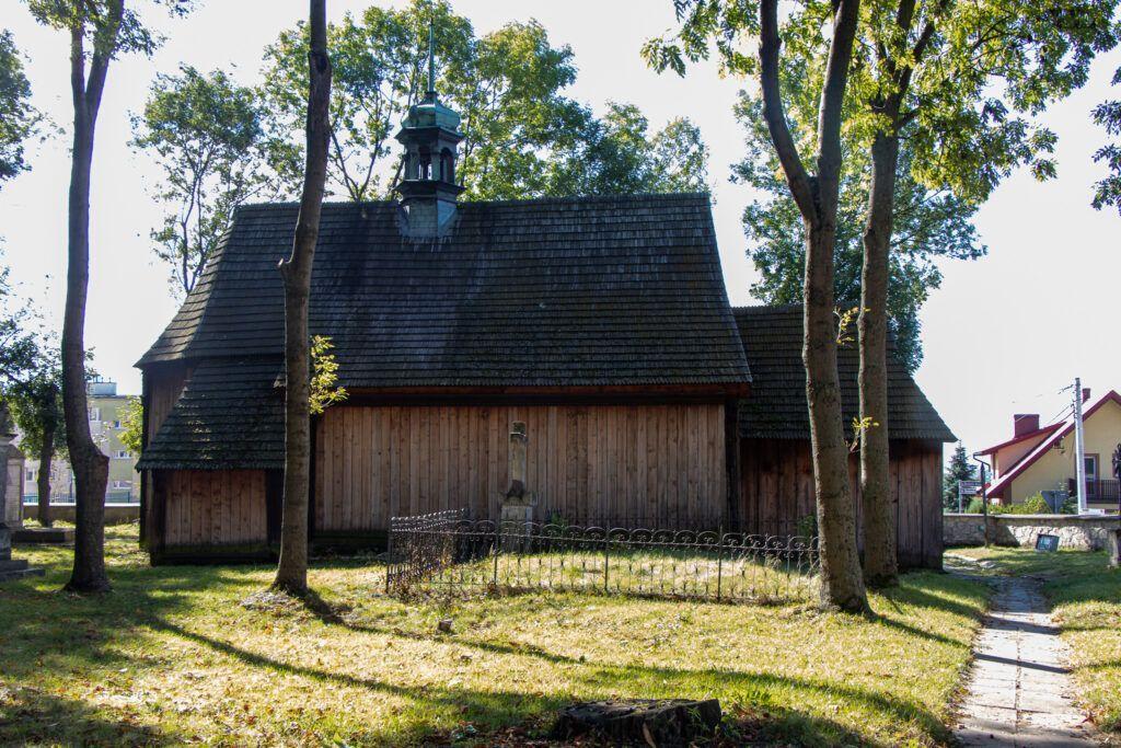 Drewniany kościół cmentarny w Busku-Zdroju