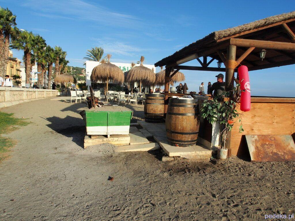 Bar na plaży w Maladze