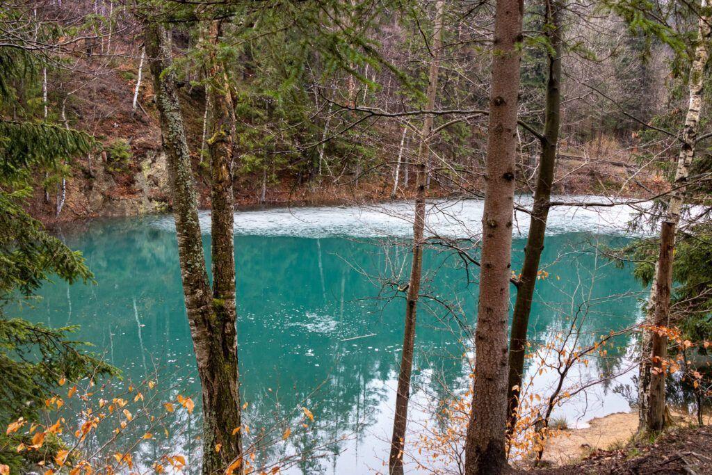 Kolorowe Jeziorka w Rudawach Janowickich, Jeziorko Błękitne