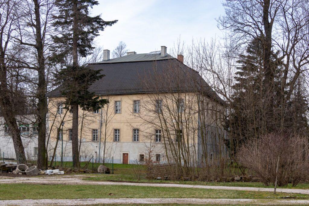 Bukowiec. Pałac