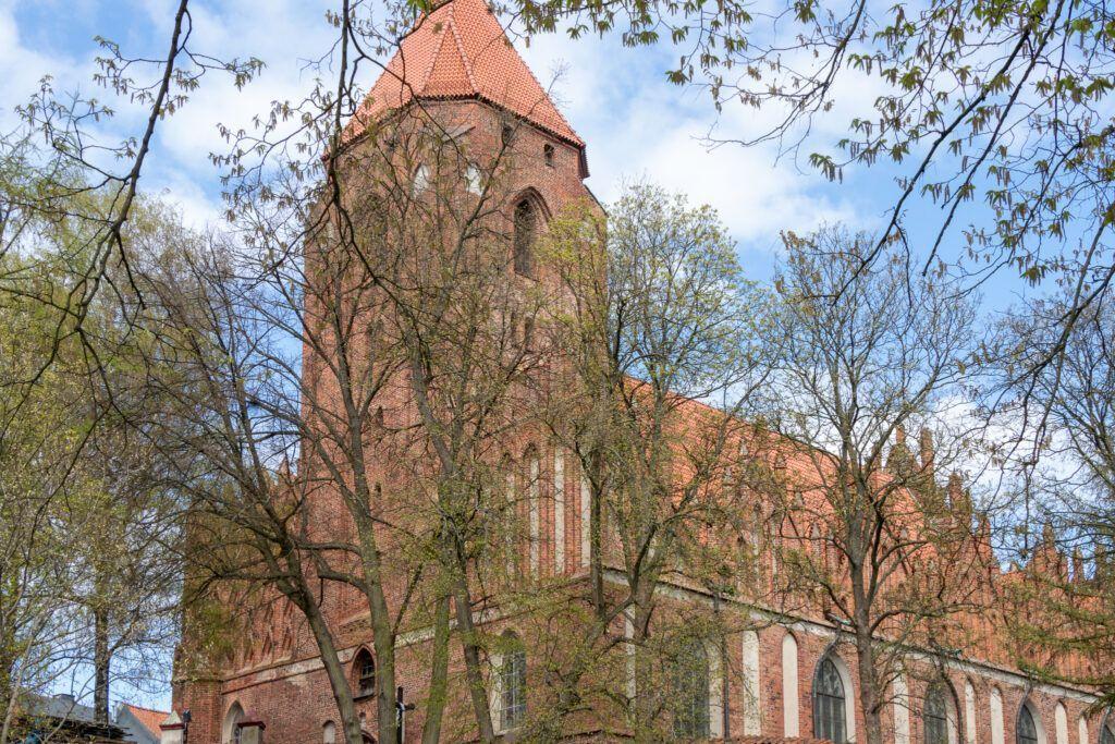 Olbrzymi kościół