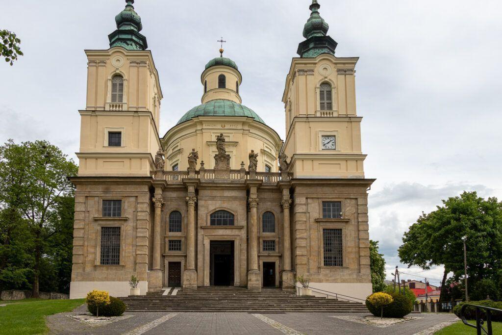 Klimontów. Kościół pod wezwaniem św. Józefa