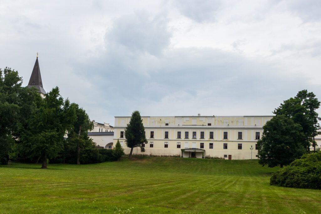 Pałac Frysztat od strony parku