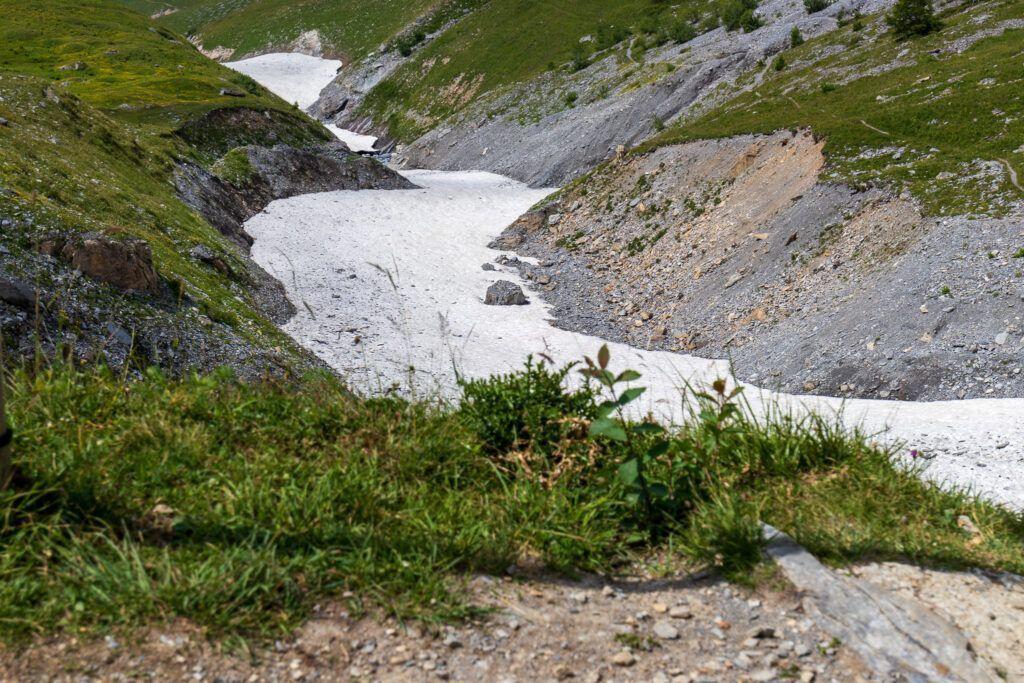 Droga przez lodowiec
