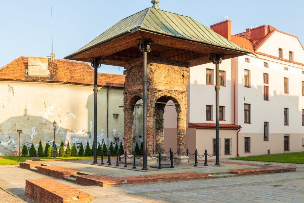 Bima ze starej synagogi
